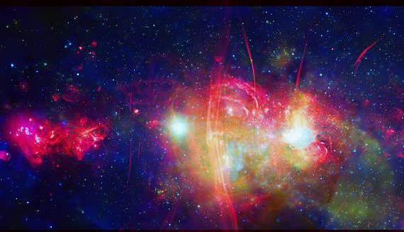 Središte Mliječne staze. Izvor: X-Ray:NASA/CXC/UMass/D. Wang et al.; Radio:NRF/SARAO/MeerKAT.